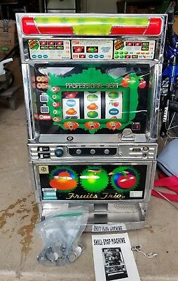 Vintage Takasago Pachislo Japan Slot Machine Full Size