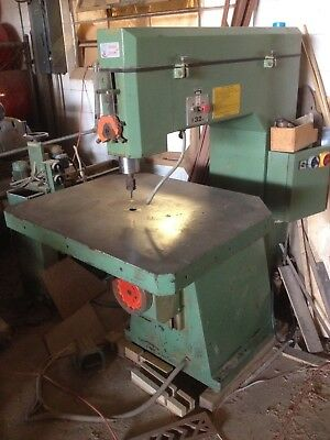 Macchine Casadei Pin Router 10,000 to 20,000 RPM Excellent Condition.
