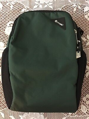 PACSAFE VIBE 200 Anti-Theft Compact Travel Bag Forest Green 60181502 ... ed54dc592329a