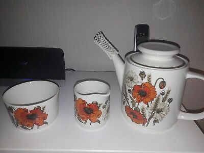 vintage j + g meakin  studio poppy tea pot set