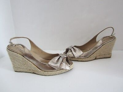 534d6738139 VALENTINO MENA PEWTER Leather Bow Espadrille Wedge Sandals 38 7.5 Worn Once  CG