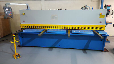 Mach- Cut NC 3000mm x 6mm CNC Metal Guillotine with Air sheet support System