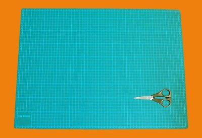 A2 3mm Thick 5 Layers Cutting Mat, Knife Board for Craft with Braid Scissors