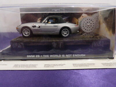 BMW Z8 The world is not enough James Bond 007  1:43