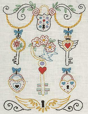 Anchor - Keys Design - Starters Freestyle Embroidery Kit - Printed Linen