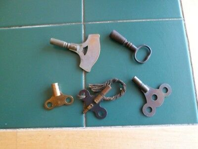 Antique / Vintage Five Clock Keys Brass And Steel All Used Condition