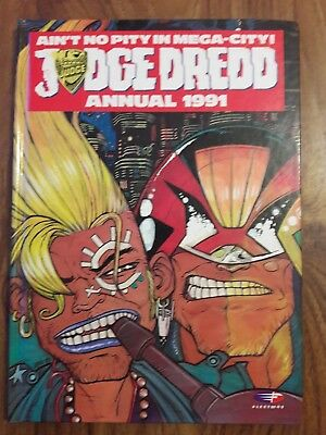 Judge Dredd 1991 Annual Book British Fleetway 2000 A.d. Very Good Condition