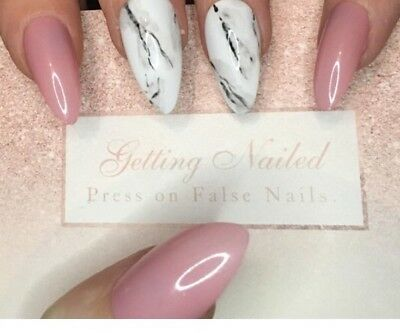 Set Of 20 Natural Pink Marble False Nails