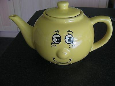 Trade winds Tableware Expressions Yellow Teapot & Trade winds Tableware Expressions Yellow Teapot