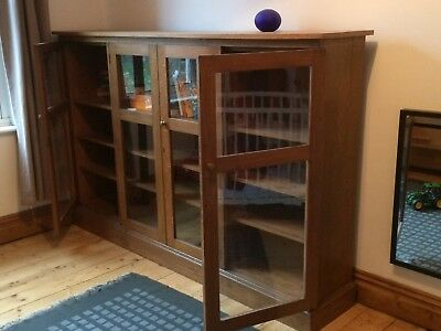 Antique Oak late 19th/early 20th C glass fronted bookcase/ cupboard
