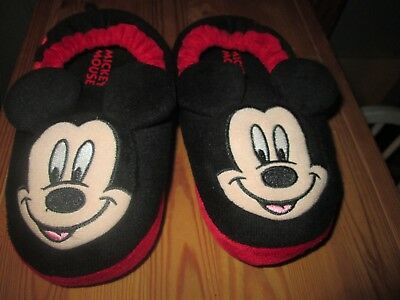 Disney Mickey Mouse toddler slippers and adjustable baseball hat