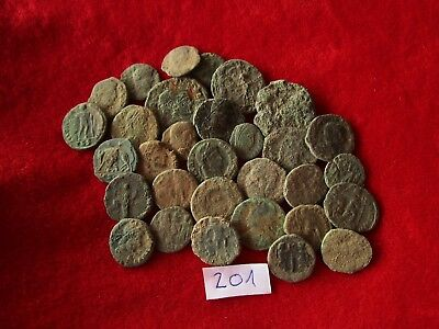 Ancient Roman coins - UNCLEANED COINS - Beautiful . Lot with 30 pieces .No.201