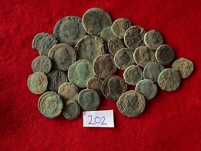 Ancient Roman coins - UNCLEANED COINS - Beautiful . Lot with 30 pieces .No.202