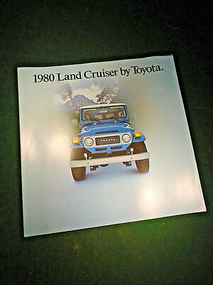 1980 TOYOTA LANDCRUISER BROCHURE - NOS - with FREE POSTAGE        (10278)