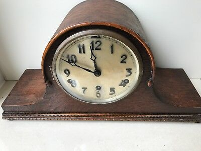 Wooden Antique Clock in good condition
