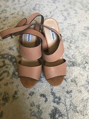 2ca8d1bf362d STEVE MADDEN WOMENS Dezzzy Brown Leather Platform Heels Shoes Size ...