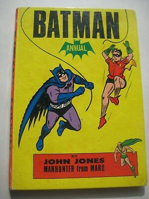 DC Batman Annual - 1967 - based on TV series - with Manhunter from Mars