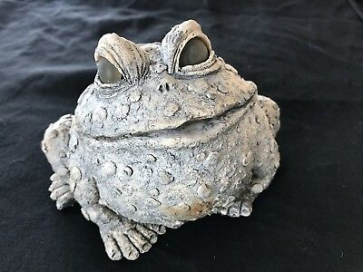 Resin Frog Garden Statue 4 Inches (P4)