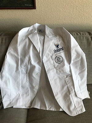 extra small lab coat brand new with tags. Has Graceland Logo on it