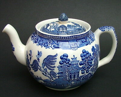 Washington Pottery Blue Willow Pattern 1.75pt Teapot & Lid 13.5cmh Looks in VGC