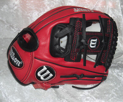 """NEW Wilson BANDIT 11.5"""" Baseball Glove-Boston Red Sox DUSTIN PEDROIA Youth FIT"""