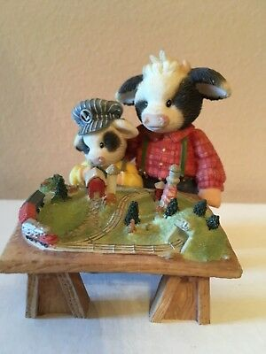"""Enesco Mary's Moo Moos """"Our Fun Will Never End"""" Lionel Train Cow Figure"""