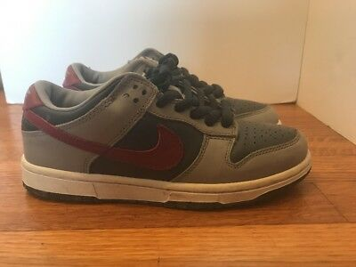 size 40 1dd38 73393 ... 7.5 mens 2014 nds 4d602 69516  switzerland nike dunk low pro b euro  exclusive grey red 2002 5y wmns us 6.5 retro