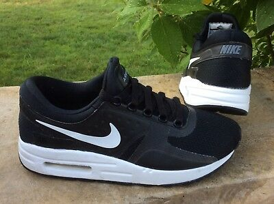 size 40 24f23 5c69f Youth GIRLS size 5.5 NIKE AIR MAX ZERO ESSENTIAL athletic shoes