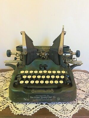 1912 Antique Oliver Standard Visible #9 Typewriter BATWING Print Type Dark Green