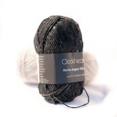 [REDUCED] Cleckheaton yarn - Merino Angora Silk 8 ply - 50g