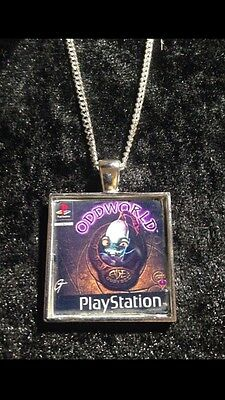 Retro Gaming Necklace And Keyring Playstation PS1 Silent Hill