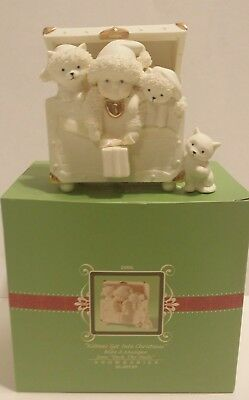 Dept. 56 Snowbabies Kittens Get Into Christmas 56.67929 Musical Box Gold Accents