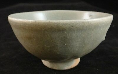 Thai Sukhothai Green Glaze Pottery Footed Bowl. 15th/16th c. 4 1/8""