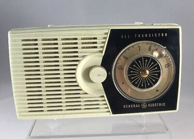 *Vintage* 1959 General Electric P-800A Radio: Tested and Working! Fast Ship!   1