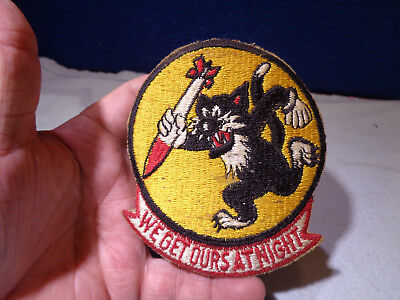 ~*~SOLDIER ESTATE~*~ Old WW II Military Patch Emblem #96