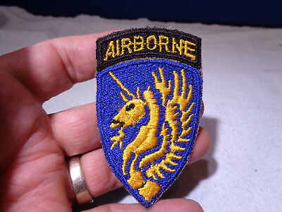 ~*~SOLDIER ESTATE~*~ Old WW II Military Patch Emblem #102