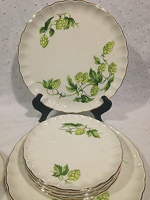 Green / Off White W.S.George Dinnerware 8 Pieces Green Maple Pinecone Hops
