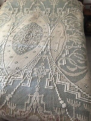 Beautiful Vintage Handmade Filet Lace Coverlet (Curtain)