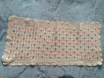 Beautiful Vintage Handmade Tablecloth