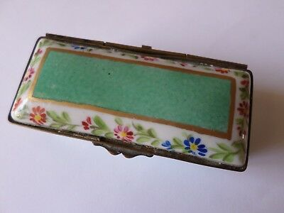 Small vintage porcelain trinket pot or box