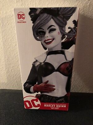 Harley Quinn Red, White & Black Bombshells DC Collectibles Statue