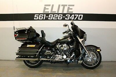 2005 Harley-Davidson Electra Glide Ultra Classic FLHTCUI  2005 Electra Glide Ultra Classic FLHTCUI Black Cherry Exhaust Financing CLEAN!!