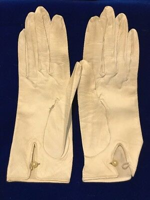 Vintage White Leather Gloves Roger Fare Size 7.5 Made in France Pearl Button