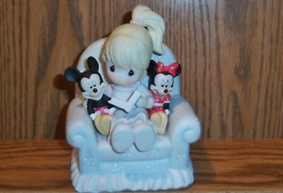 DISNEY / Precious Moments porcelain *FRIENDS SHARE THE STORY OF OUR HEARTS*