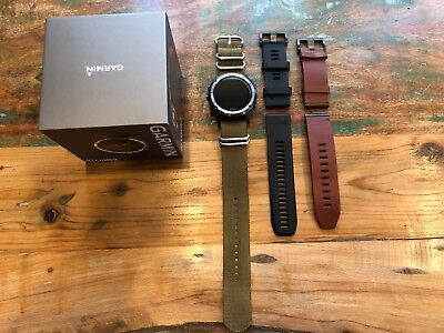 Garmin D2 Charlie Pilot Watch w/ 3 Bands in Great Condition!  010-01733-30