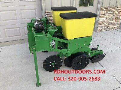 NO TILL John Deere 2 Row 1710 Planter with Precision Finger Meters 7100 7000