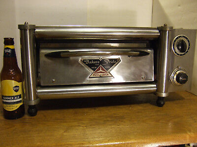 Very RARE!! Vintage Miniature Small Commercial Bakers Pride Counter Top Oven Y12
