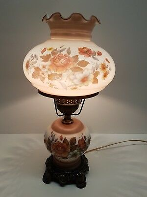 Vintage gone with the wind hurricane lamp 3 way.