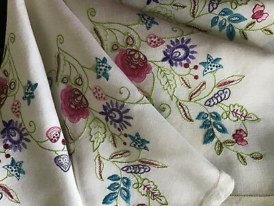Lovely Vintage Hand Embroidered Tablecloth ~ Jacobean Florals