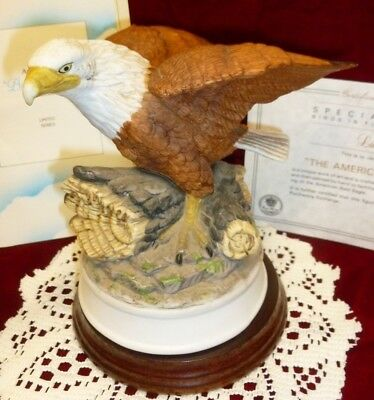 "Royal Heritage THE AMERICAN BALD EAGLE FIGURINE ""Birds in Flight"" w/ STAND & BOX"
